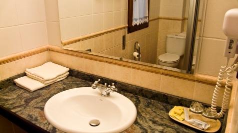 Baño habitación río Asón,
